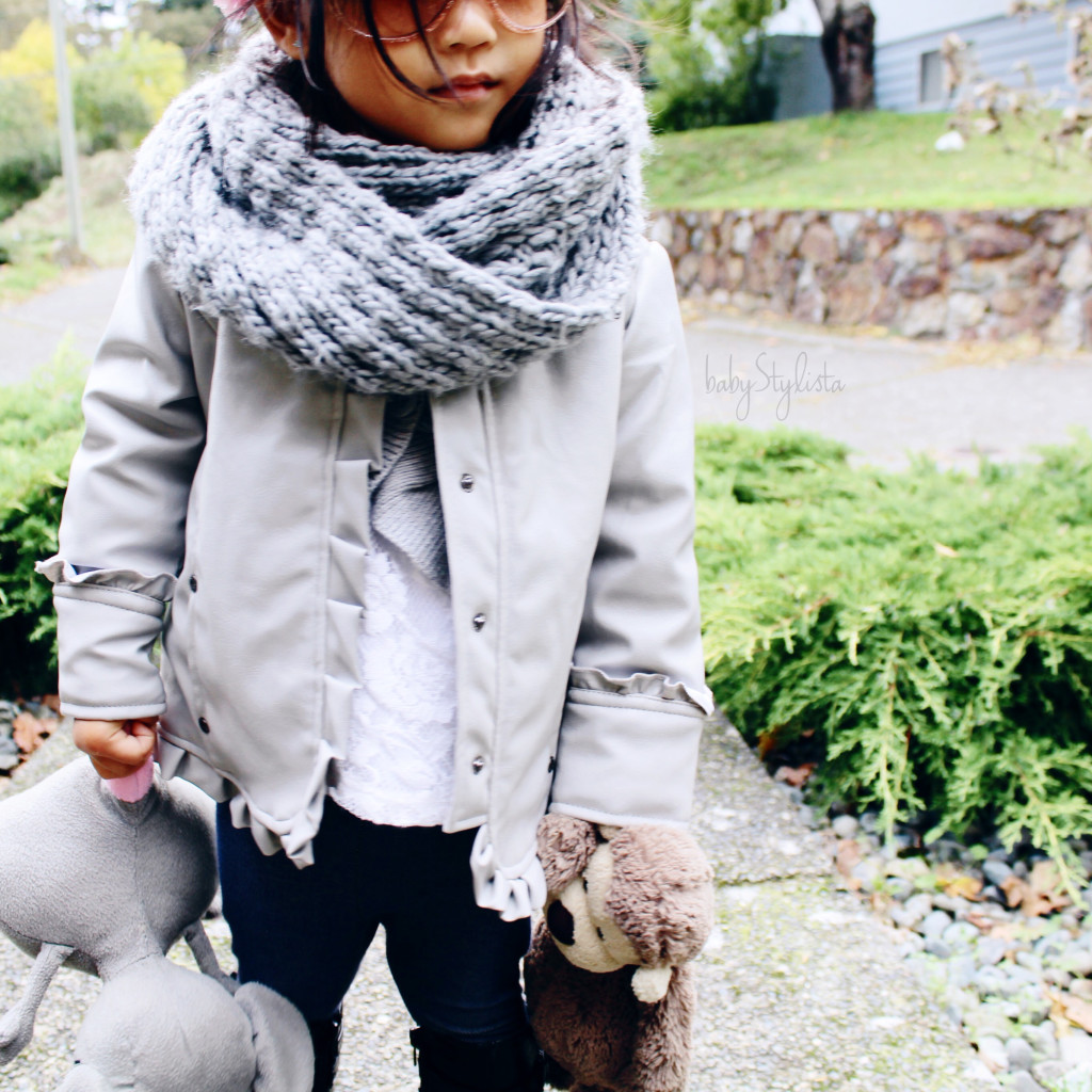 Spring Knits – Baby, It's STILL Cold Outside #WordlessWednesday #Linky